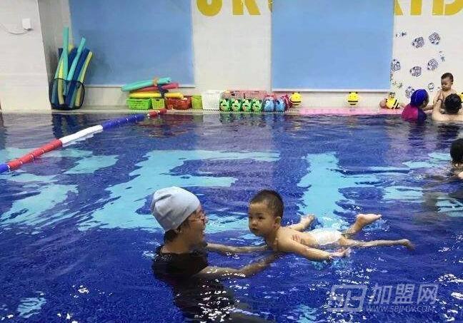 优瑞亲子游泳