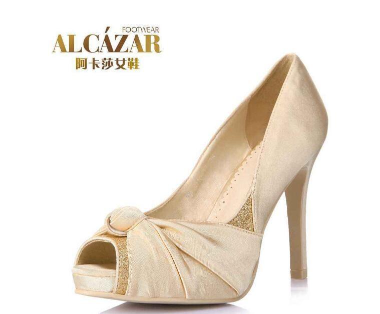 阿卡莎女鞋