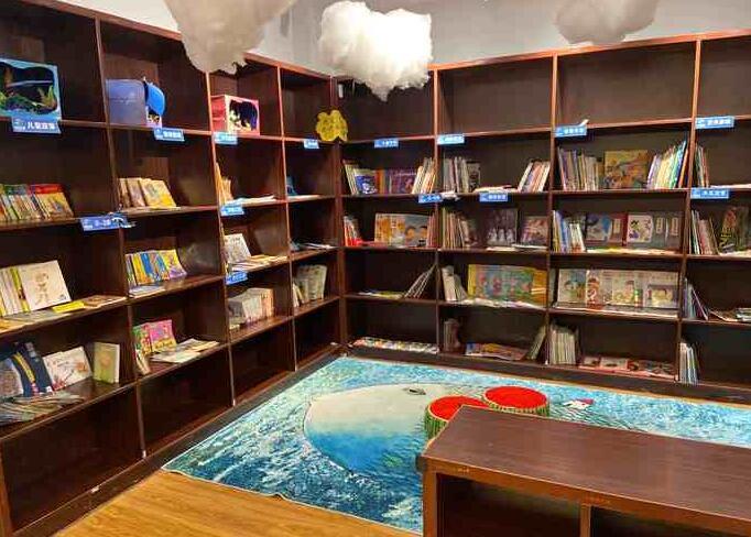 鯨魚先森兒童美術中心加盟