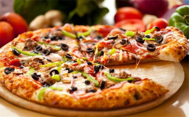 芝根芝底披薩